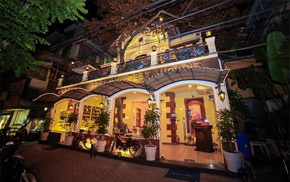 Au Délice French Restaurant
